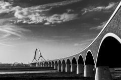Marjan-van-Grinsven-logo-Architectuur-DeOversteek-overzicht-keuze-1-streetphotography